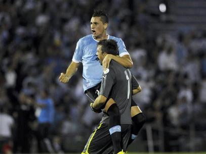 sports-us-soccer-world-uruguay