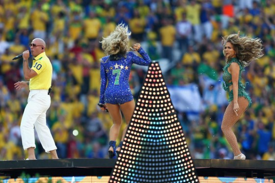 Claudia+Leitte+Opening+Ceremony+FIFA+World+hQWsE8FLTGUl