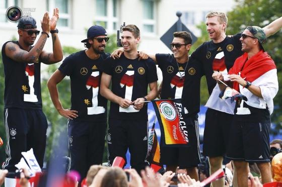 worldcup14_germany_celebrates_019
